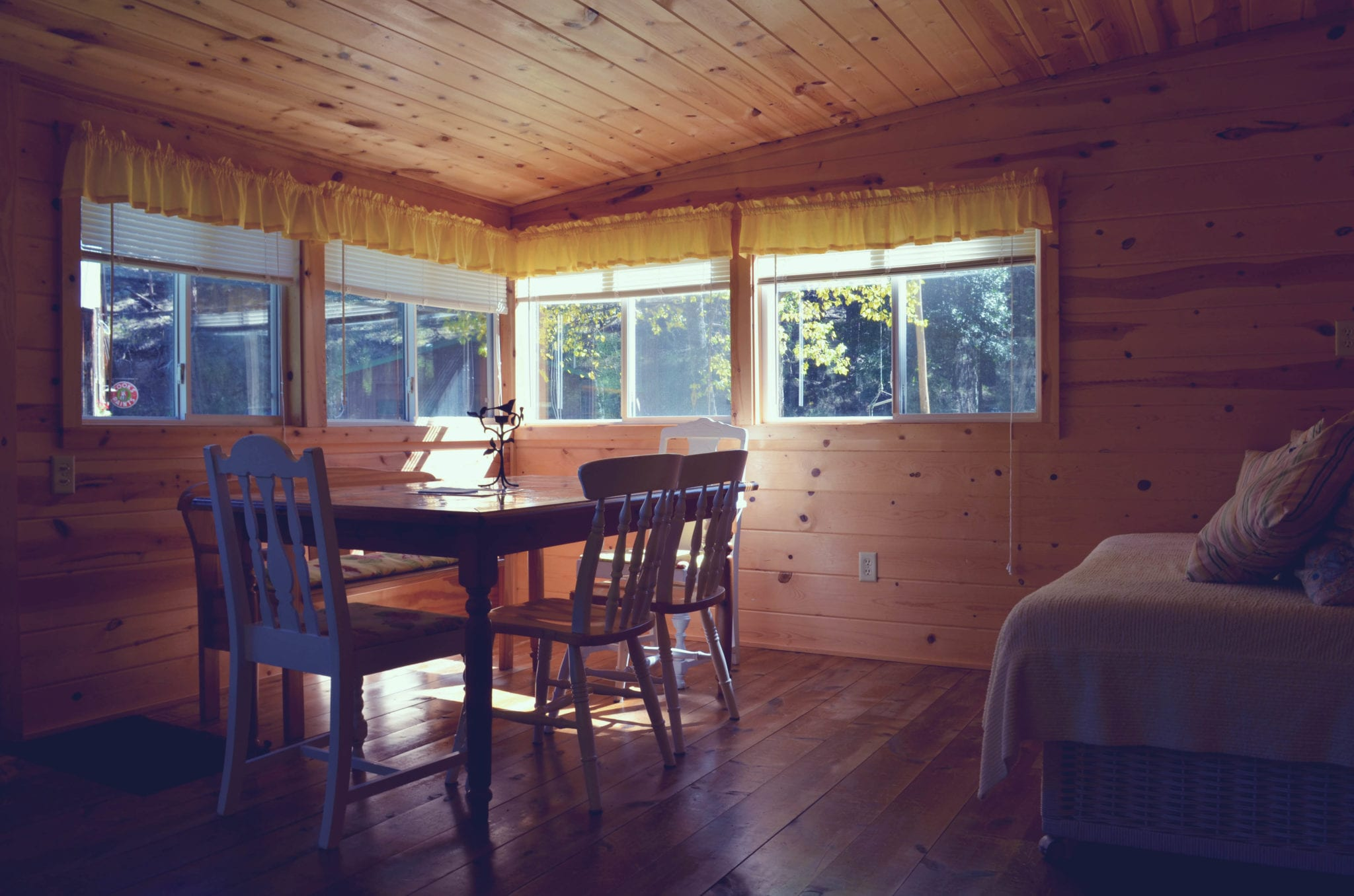 cabin interior dining room